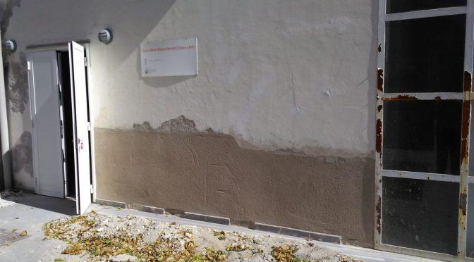 Rifacimento del tetto e di parti d'intonaco: lavori in corso al Centro Moretti