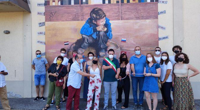 "Un murale su ""Infanzia e guerra"" a Seano"